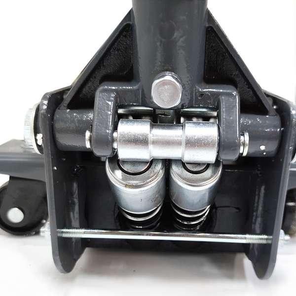 Домкрат подкатной двухплунжерный г/п 3т. ОДА Сервис ODA-T31304